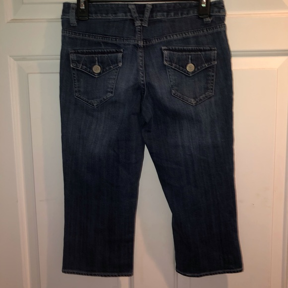 Mossimo Supply Co. Denim - Mossimo Supply Co Cropped Jeans Size 3